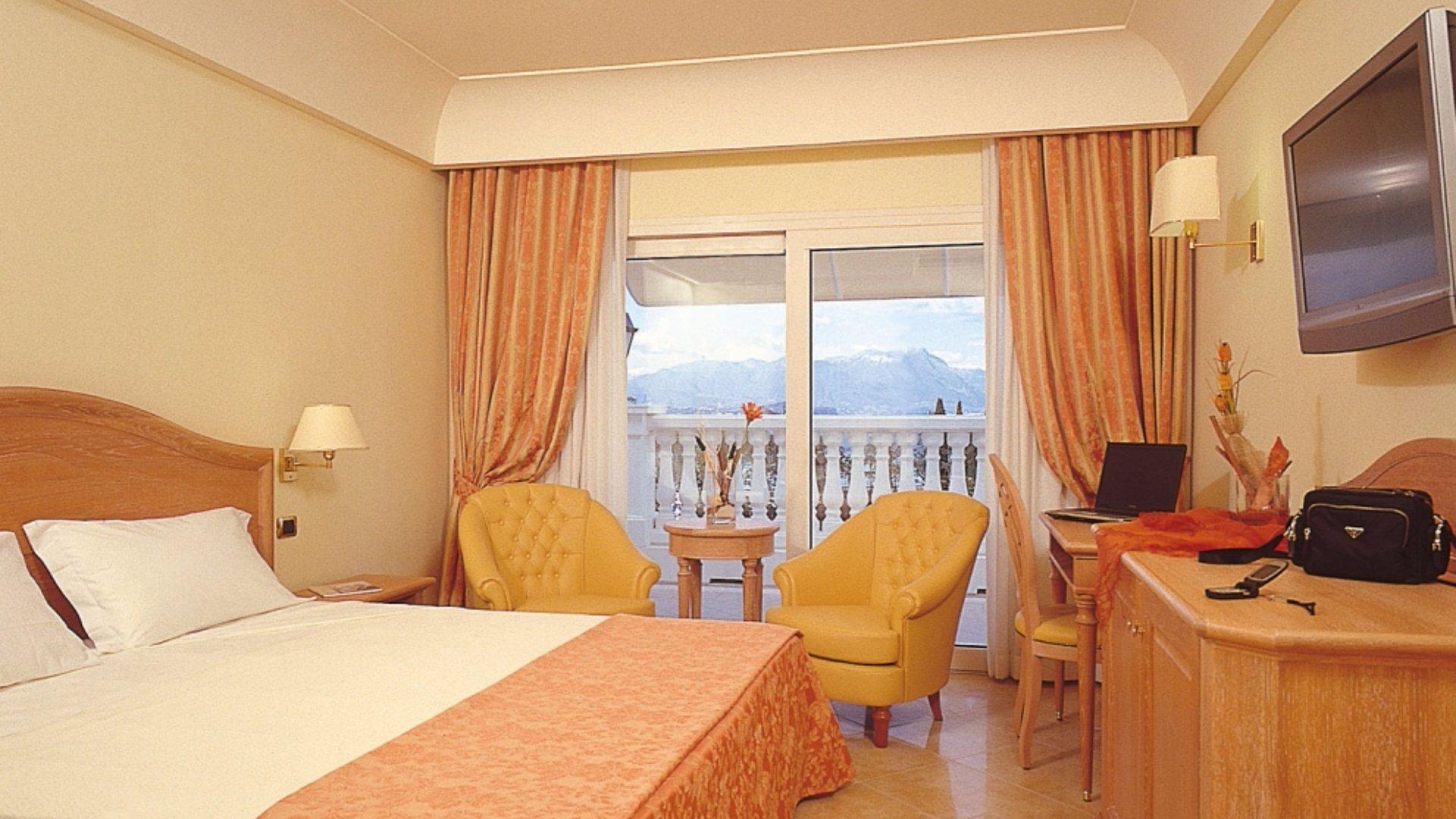 Palace Hotel**** 4