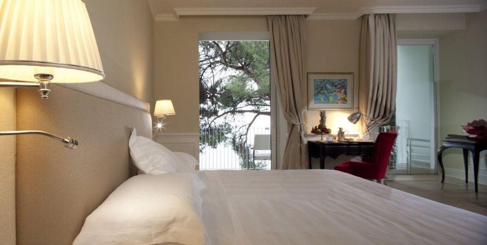 Riviera & Maximilian's Hotel & Spa**** 5