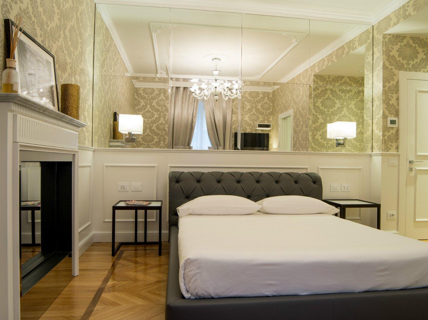 Suite Milano***** 1