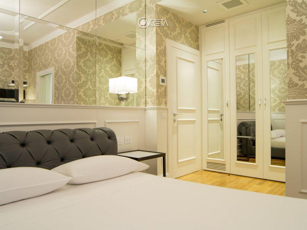 Suite Milano***** 3