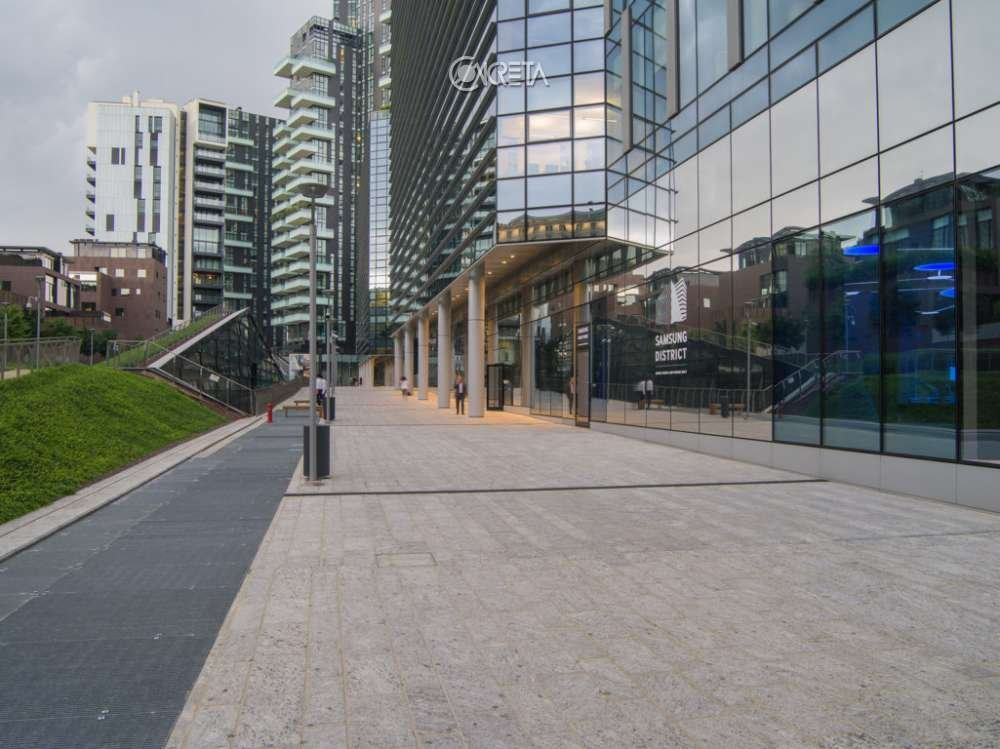 Samsung District 1