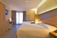 Harmony Suite Hotel**** 12