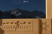 Sunny Valley 8