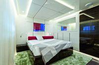 Luxury yacht 420 4